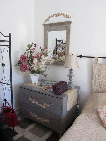 La Rocheline : Garden Bedroom