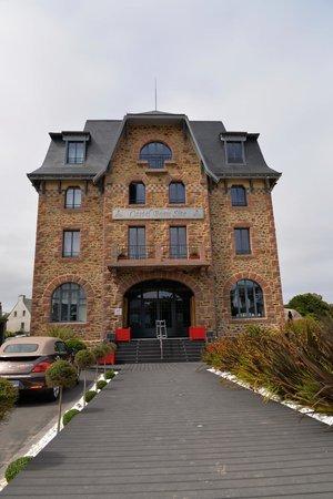 Hotel Castel Beau Site : Entrée de l hôtel