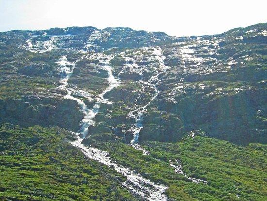 Stryn, النرويج: Water from the glacier.