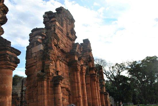 Ruinas de San Ignacio: Frente de la Iglesia