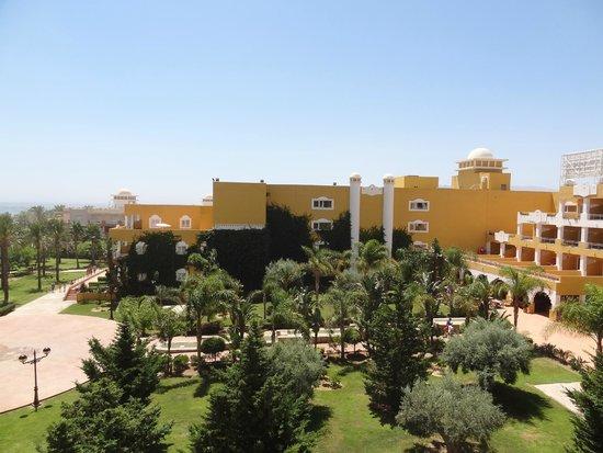Zimbali Playa Spa Hotel: este el el hotel y parte de los alrrededores