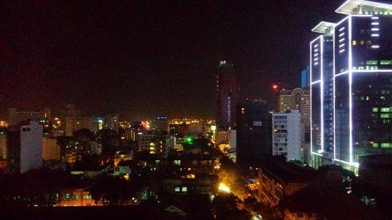 InterContinental Saigon Hotel: Night View from my room