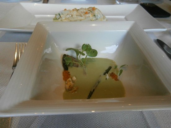 Marea : Zuppa--Chilled Pistachio Soup