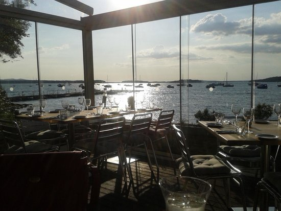 Shell Bay Seafood Restaurant: Sunset over Poole Bay