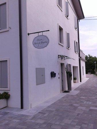 Il Punto Rooms & Breakfast: L'esterno