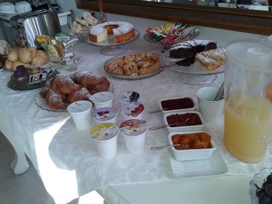 Il Punto Rooms & Breakfast: La colazione