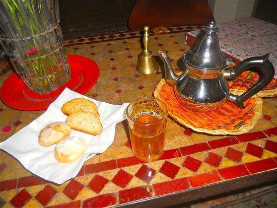 Riad Zolah: Thé et gateaux offerts en pause gourmande offerts