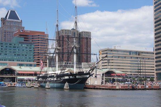 Penn's View Hotel: le port de Baltimore