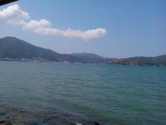 Denizati: The view in the daytime from the outdoor seating