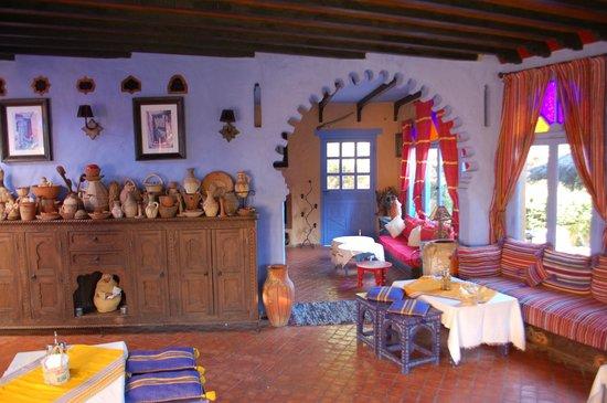 Dar Echchaouen: Dining room