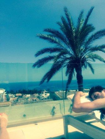 Il Piccolo Giardino: Roof too sunbathing