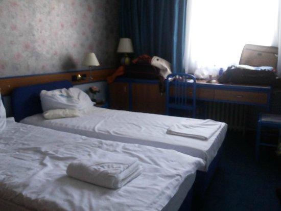Hotel Central: interior do quarto duplo