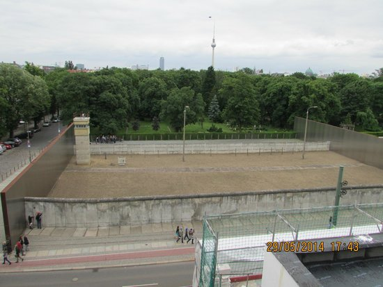 Memorial of the Berlin Wall : A section preserved...