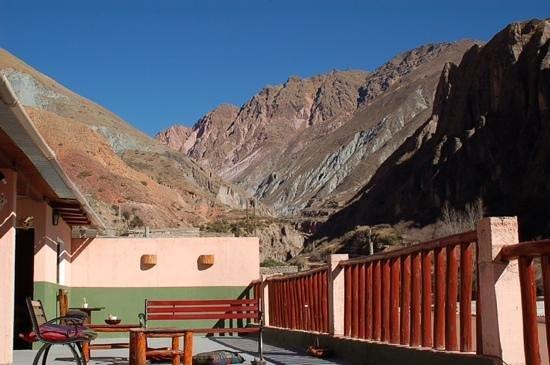 Hostal Milmahuasi : Una de las vistas desde la terraza del hotel