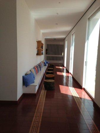 Ecorkhotel-Evora Suites & Spa: Hotel lobby
