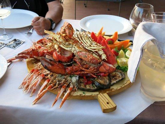 Al Cason : La specialità del ristorante: la catalana (per tre, nella foto)