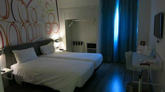 Ibis Styles Madrid Prado: 4th floor room