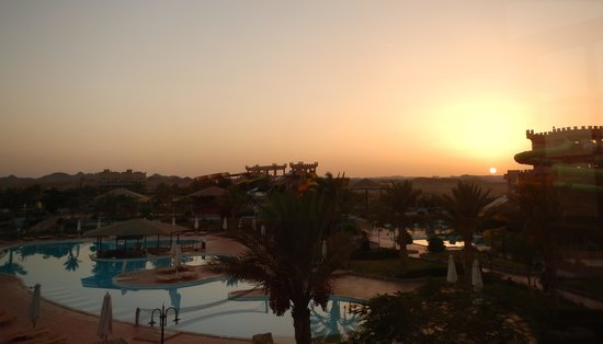 LTI Akassia Beach: sunset at the LTI reception