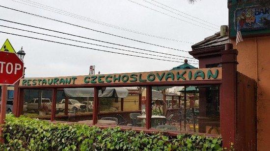 Vladimir's Czechoslovakian Restaurant: Vladimir's Czech Restaurant, Inverness, CA