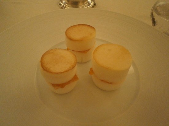 Bouley Restaurant: Blini of Smoked Salmon--Yummy!