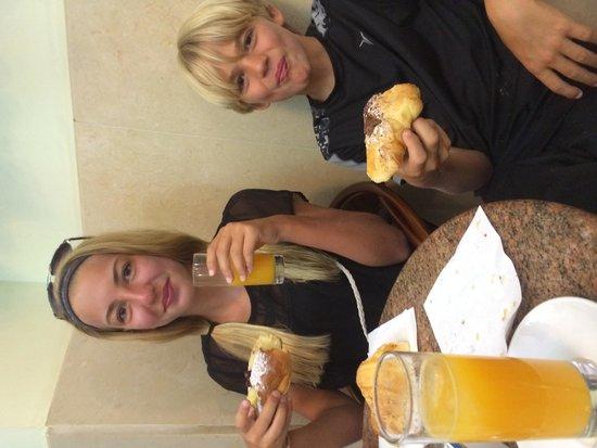 ToledoStation Bed & breakfast: Breakfast