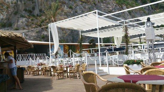 Lloyd's Baia Hotel : Ristorante sulla spiaggia