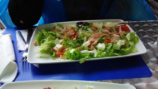 Meson Os Trasnos: otra ensalada y eso que avisaron del tamaño de los platos