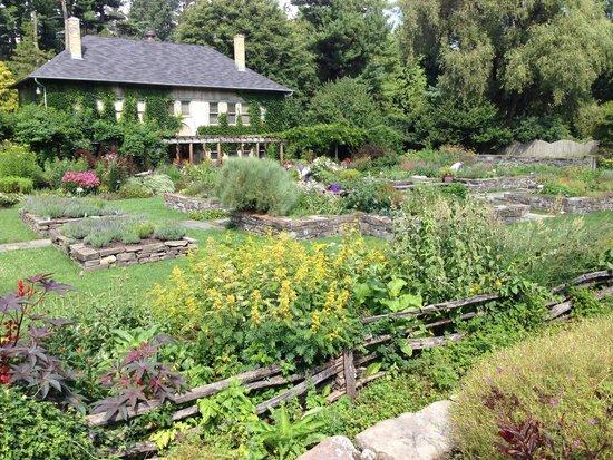 Cornell Botanic Gardens