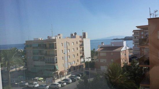 Hotel Puerto Juan Montiel, Spa & Base Náutica: Vista desde el salón
