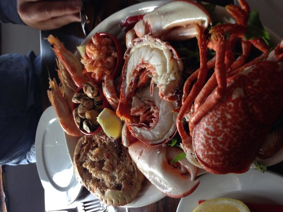 Relish Bar & Bistro : Gorgeous seafood platter at this lovely restaurant