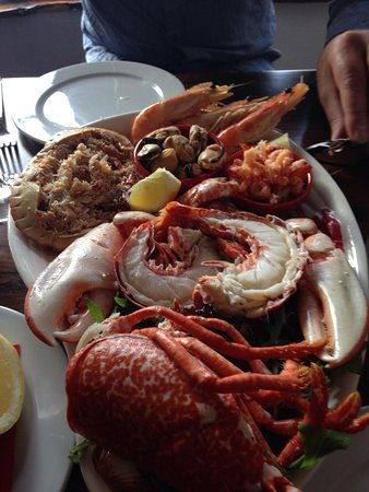 Relish Bar & Bistro: Gorgeous seafood platter at this lovely restaurant