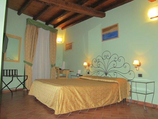 Borgovico Hotel: Camera Deluxe