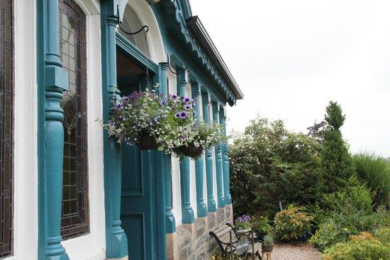 Dunallan House: Summer at Dunallan
