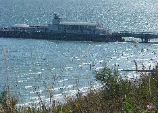 Hallmark Hotel Bournemouth East Cliff: The Pier