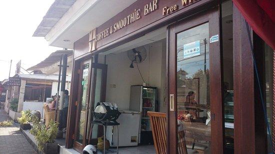 Maya's Coffee & Smoothie Bar: Maya's