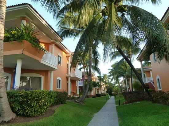 Ocean Maya Royale: Rooms arranged in villa style blocks