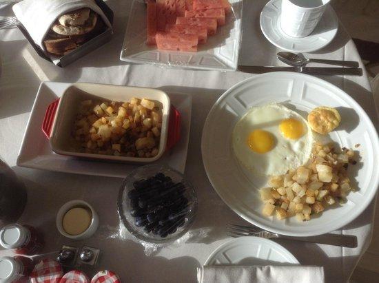 Wynn Las Vegas: room service breakfast