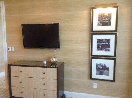 Wynn Las Vegas: tv in bedroom