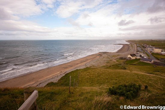 Dinas Dinlle Beach: View from summit of old Fort site
