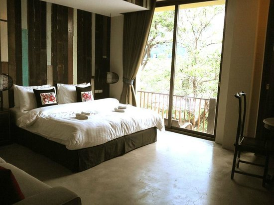 Villa Phra Sumen Bangkok: Large superior beautiful room