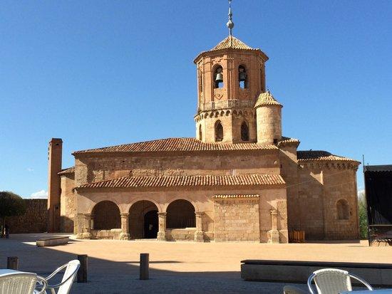 Iglesia De San Miguel De Almazan: Desde plaza