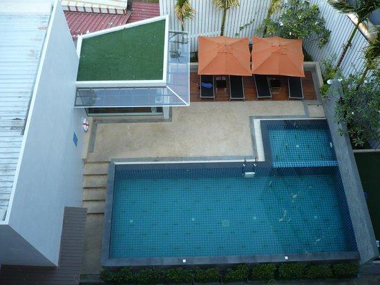 Aspira Prime Patong: pool