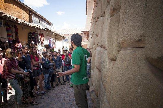 Free Walking Tour Peru: Free Tour Cuzco. Sonsoles Lozano