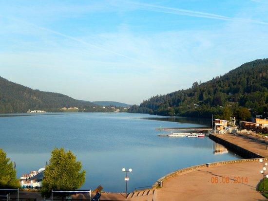 Hotel Beau Rivage : Vue sur le lac, depuis la chambre