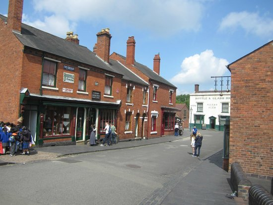 Black Country Living Museum: a street that has been set up