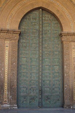 Duomo di Monreale: Bronze entry door of Monreale Norman Cathedral