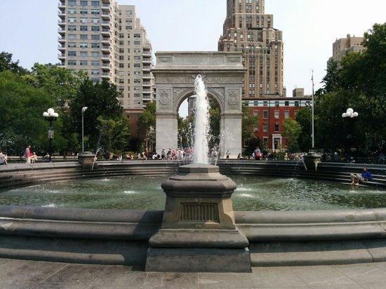 Washington Square Park: Washinton Square Park