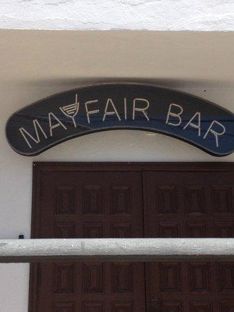Mayfair Bar: Best bar in Cala Llonga