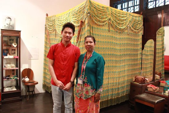 Straits Chinese Jewelry Museum Malacca: With an excellent tour guide