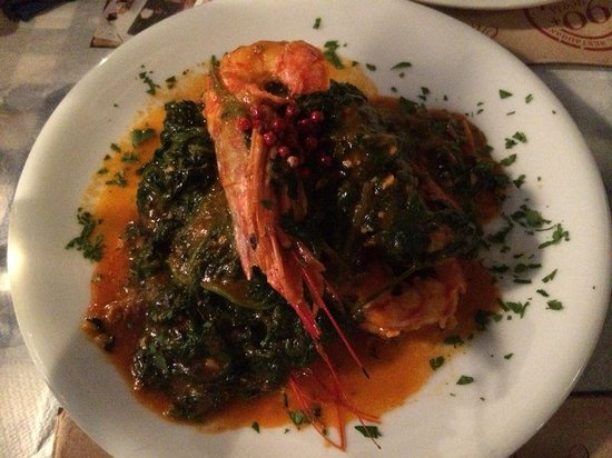 Aktaion : Grilled Shrimps with Spinachs and Ouzo sauce. AMAZING!